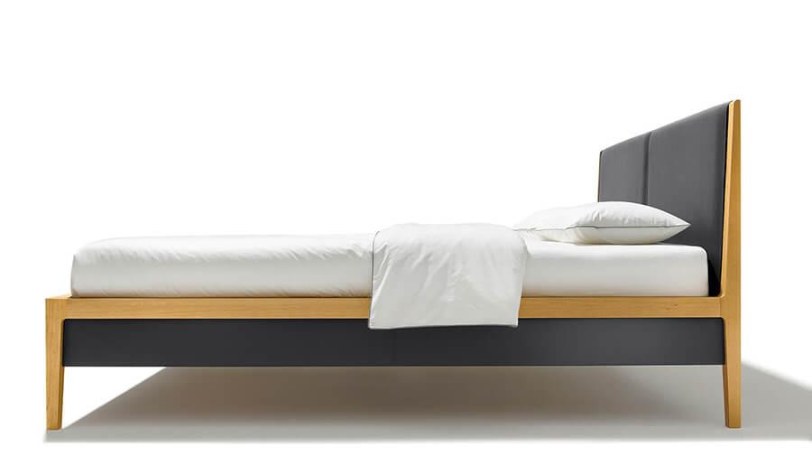 Giường ngủ gỗ tự nhiên - Sồi, bọc da
