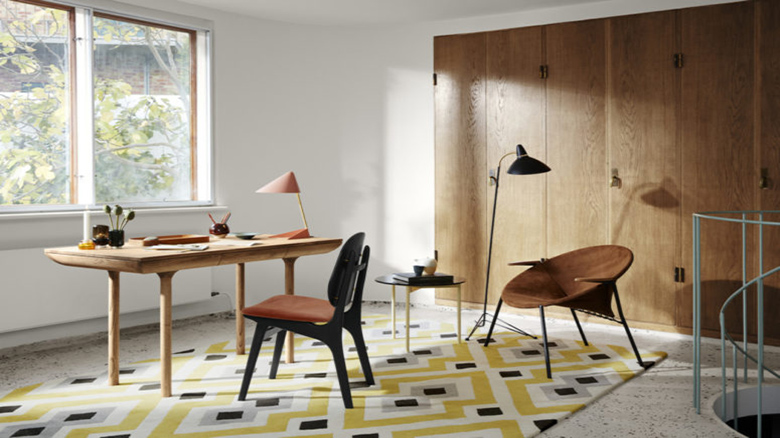 05-I-love-the-rounded-corners-and-thick-and-smooth-wooden-legs-that-scream-mid-century-modern-775x516