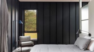 Phòng ngủ nội thất gỗ đen