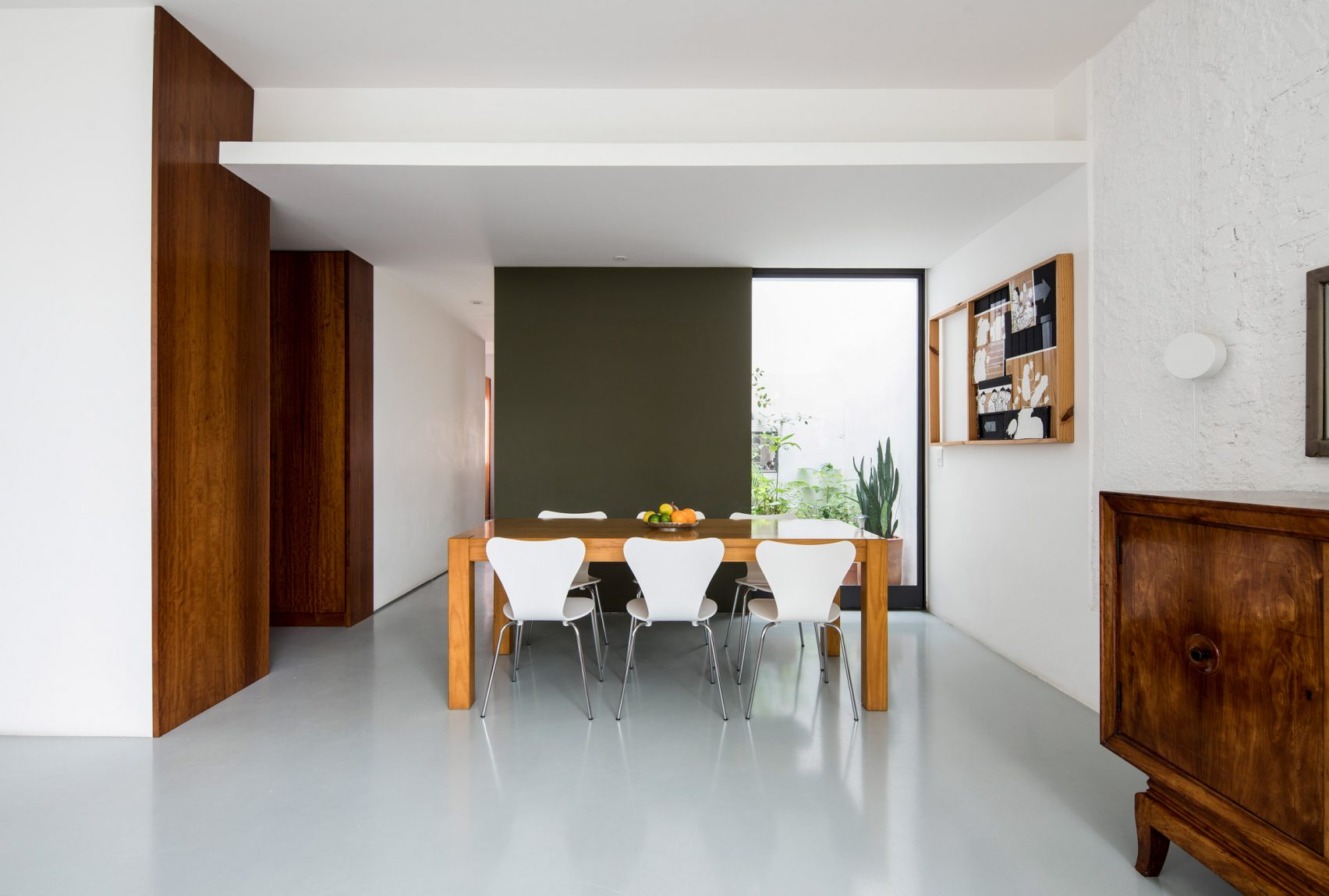 tucuma-apartment-cupertino-arquitetura-sao-paulo-brazil_dezeen_2364_col_6-1704x1149