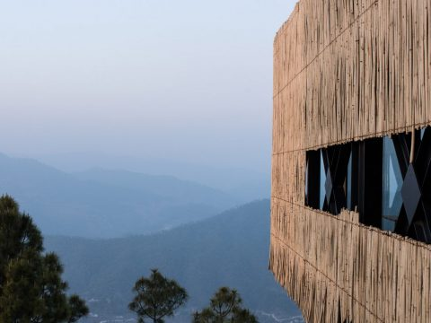 Kumaon Hotel Zowa Architecture Hotels India Mountains Dezeen Hero 1 1704x959