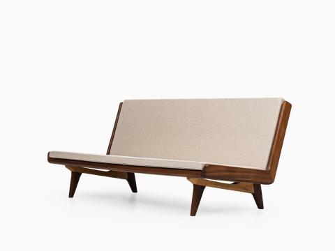Sofa Trienna St012